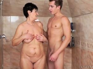 Time worn slut Anastasia sucking big dick deepthroat in filthy porn video