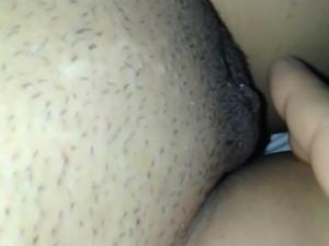 Masturbate to orgasm (fingered)