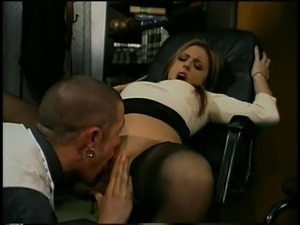 Adoring brunete is insatiable when it comes to erected pricks