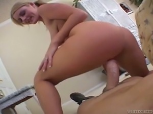 Dude gets the privilege of having sex with hot PAWG Sophie Dee
