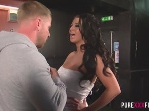Busty Cuckold Bride shagging the bartender