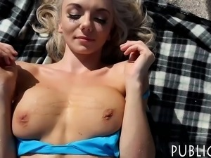 Sexy amateur blonde eurobabe gets fucked by the beach