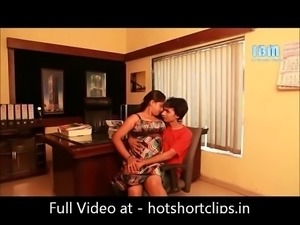 Hot Sexy Boss Interview sex big boobs Indian Actress - hotshortclips.in