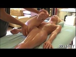 Wild fingering during sexy massage