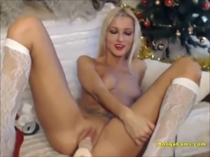Hot young slut is getting fucked by a machine
