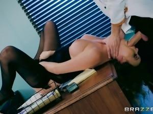 Brazzers - Alexis Adams sucks her bosses dick