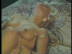 Two blondes like exploring each other's pussies with their fingers