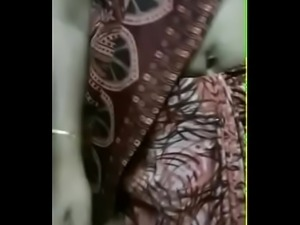 INDIAN HORNY AUNT BIG BOOBS PRESSED AND EXPOSED - HookUp19.com