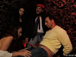 Brunette gets throat pounded the way she loves it