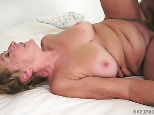 Blonde with giant knockers fucks a lot
