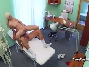 Doctor spunked milf pussy hole
