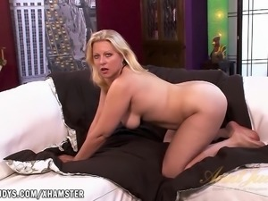 Zoey Tyler tells you about how she wants to fuck