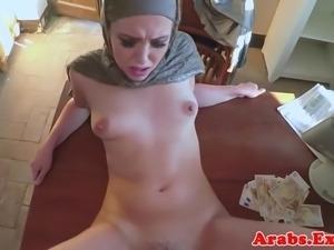 Cocksucking muslim amateur takes cum in mouth