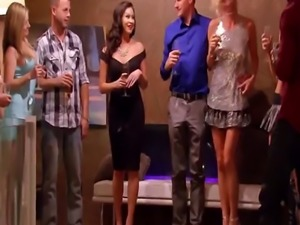 Swingers enjoys playing sexy games in reality show