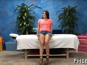 Wacko floozy takes shlong from her massage therapist