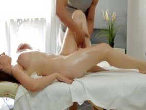 Red boobs Big hooter Russian dame gets a sensuous massage