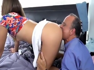 Dad fucks playmate's daughter while playmate sleeps and black moth