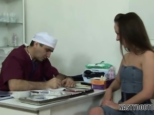 Joanna Spreads Her Legs at the Doctor's