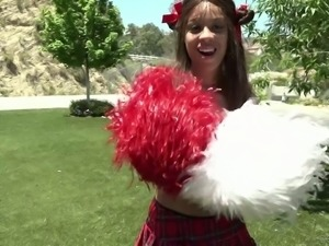 Torrid kinky brunette cheerleader is more than ready for outdoor sex