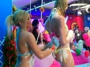 Veronica Da Souza, gets herself and her hot friends all foamy