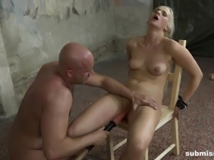 Slave Katy nice ass spanked lovely in BDSM porn