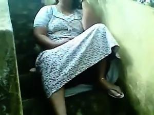 Mature amateur housewife sucks and fucks outdoor