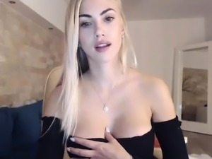 Busty Babe Striptease Webcam Tube