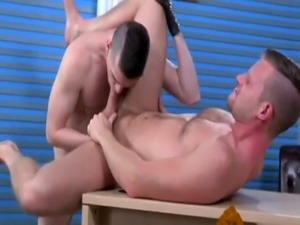 Male anal fisting guide gay Brian handballs Axel's piggy hole unti