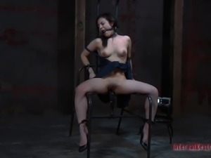 Scream as Lorna hot ass gets spanked in BDSM porn scene