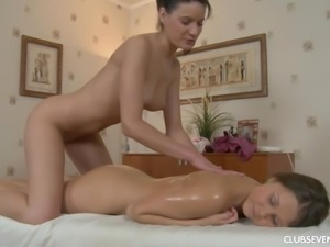 Babes Milla and Liza B fisting each other during their action