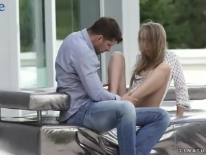 Horny dude drives up to Anya Akulova's house and gets a blowjob right away