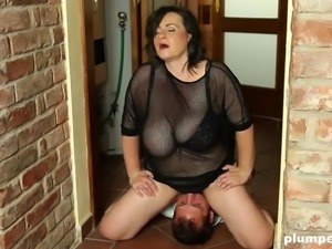 BBW Sandra with big ass loving face sitting her guy