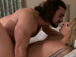 Handsome lover is interested in Aspen Brooks' pulsating cock