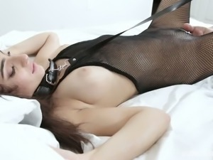 Jasmine Vega just loves quite hard missionary style banging a lot