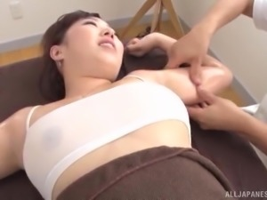 Japanese woman's body is all a hot man wants to examine