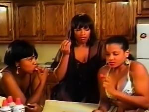 Ebony Lesbian Threesome Licking