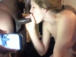 Amateur girlfriend homemade blowjob and pussy toying