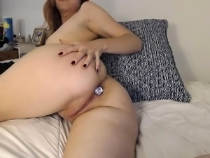 Fat Ass Teen Close Up Pussy Toying