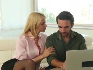 Extraordinary face sitting with a dick-craving bimbo Sarah Vandella