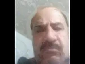 فضيحة Sabah Alsady من العراق يمارس العادة...