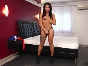 Dark haired Melk Ross is awesome Tgirl who wanna be analfucked mish
