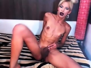 Small tits shemale drills her juicy ass and milks her dick