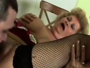 Gorgeous GILF riding young boner