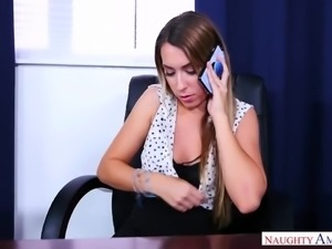Wonderful svelte hottie Kimber Lee is actually so into riding the cleaner