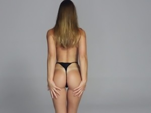 Fantastic long haired babe Marynia gets rid of tight jeans to demonstrate ass