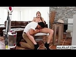 Teen Kimber gets her wet pussy banged