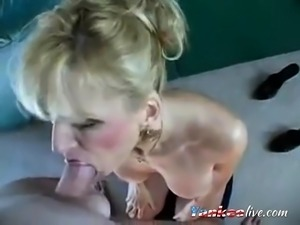 Mature cougar Raquel swallows Hubbys load like a good girl