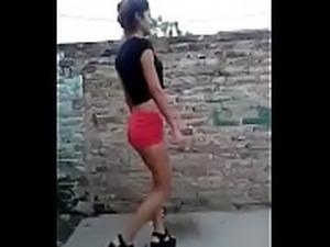 Turras bailando