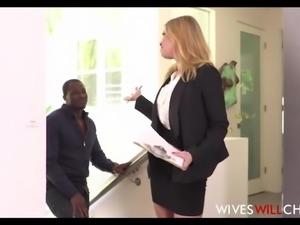 Hot Big Tits & Ass Cheating Wife Fucks Black Football Player