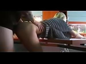 Big Tit Amateur   does DP on Webcam